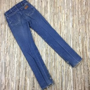 Wrangler Jeans - Wrangler Vintage Distressed High Rise Mom Jeans -9
